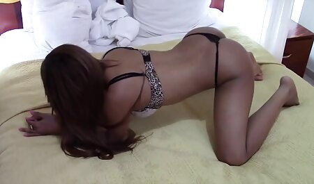 Masseur fucked the blonde In the free vintage porn work place