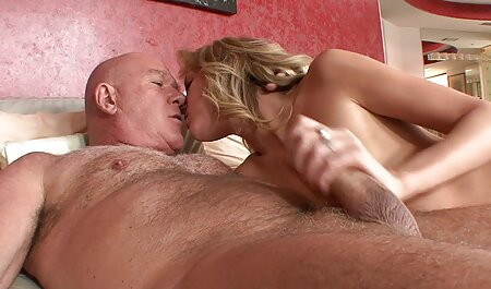 Bitch blonde likes pinay vintage porn double penetration with chili