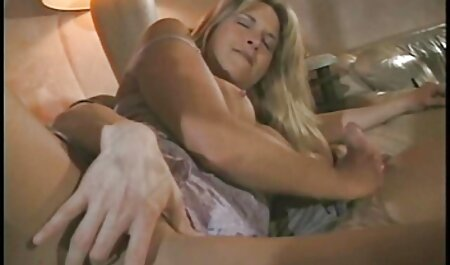 Secretary of lust seduces her vintage mature porn colleague to fuck her in the office